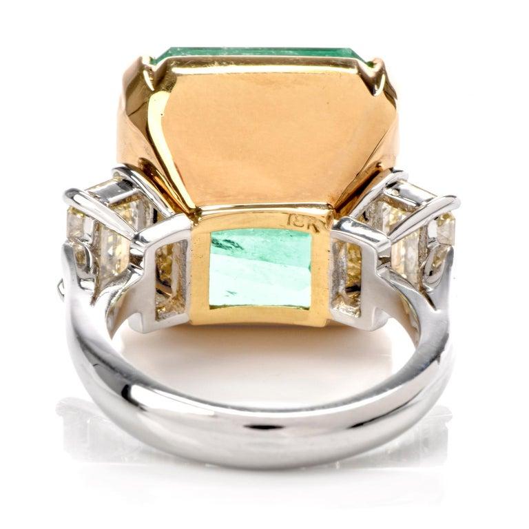 Natural GIA Emerald 3-Stone Platinum 18 Karat Engagement Cocktail Ring For Sale 2