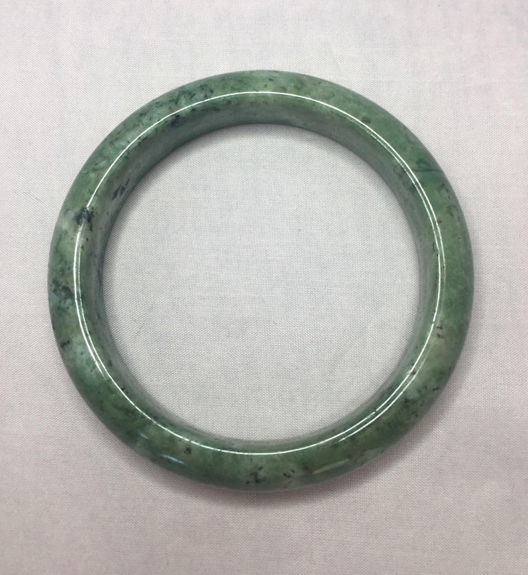 037055877d179 Natural Light Green Jadeite Jade Bangle Bracelet Mottled Green 77g