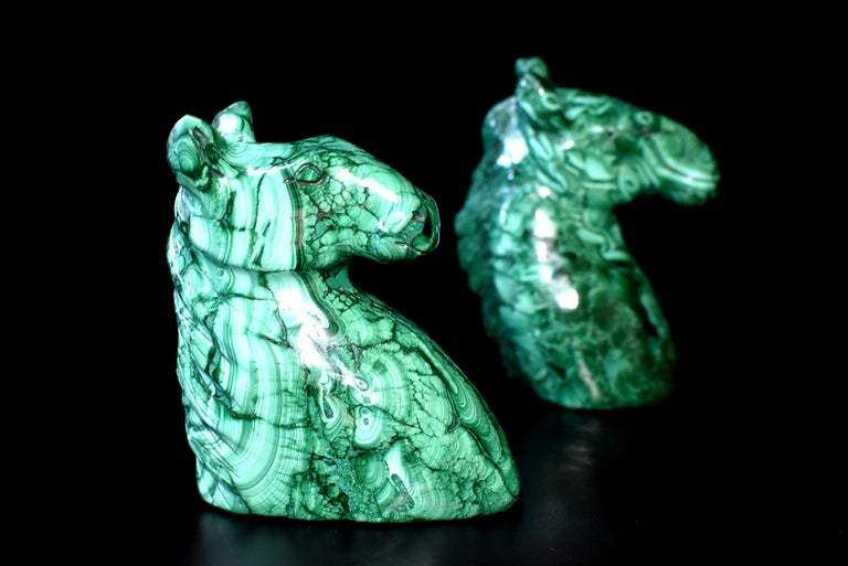 Natural Malachite Horse Sculptures, Pair Bookends Paperweights In Excellent Condition For Sale In Somis, CA