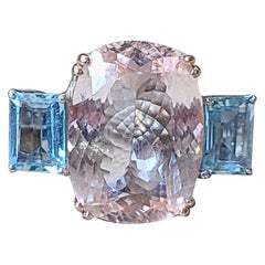 Natural Morganite and Aquamarine Ring Set in 18 Karat Gold
