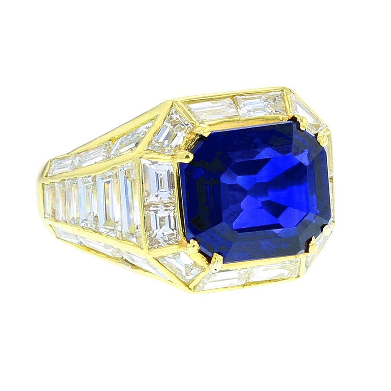 Natural No Heat Burma Sapphire and Diamond Yellow Gold Ring For Sale