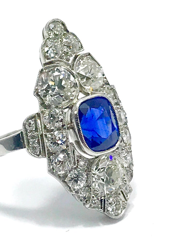 Women's or Men's Natural No Heat Sapphire and Diamond Art Deco Platinum Ring For Sale