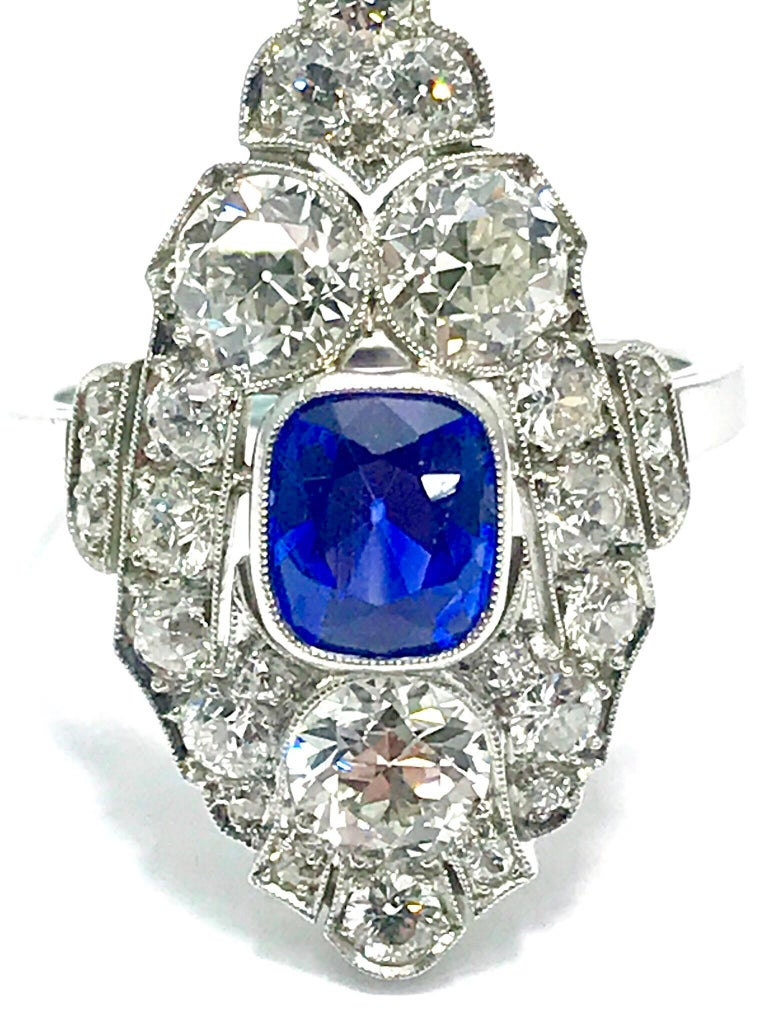 Natural No Heat Sapphire and Diamond Art Deco Platinum Ring For Sale 1