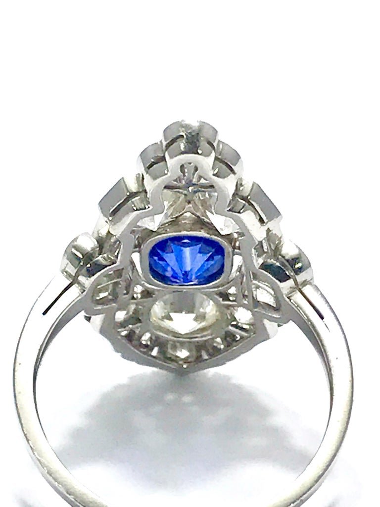 Natural No Heat Sapphire and Diamond Art Deco Platinum Ring For Sale 2