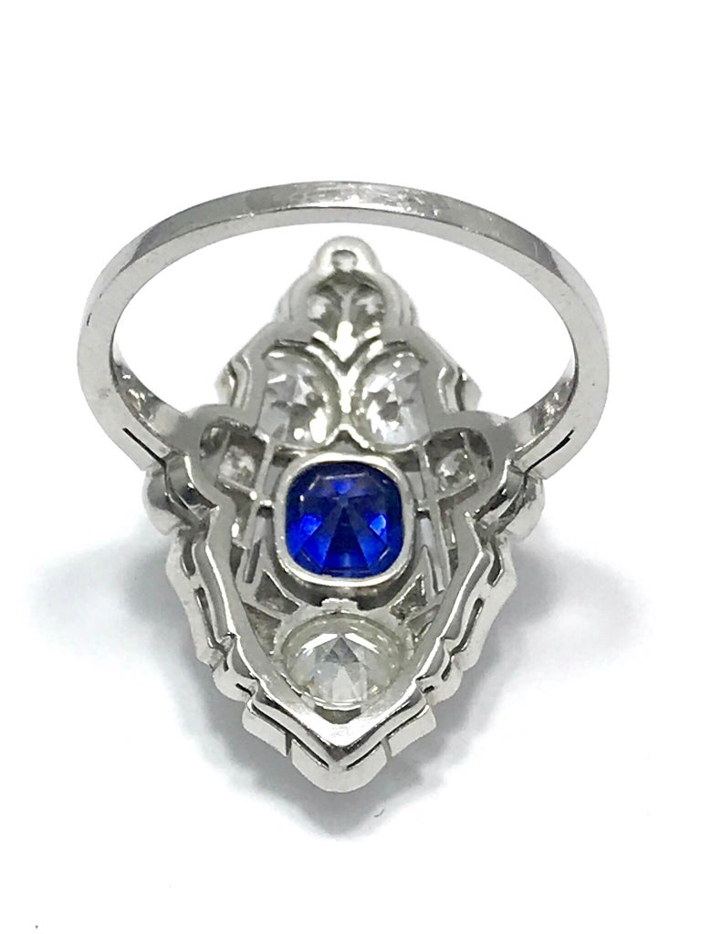 Natural No Heat Sapphire and Diamond Art Deco Platinum Ring For Sale 3