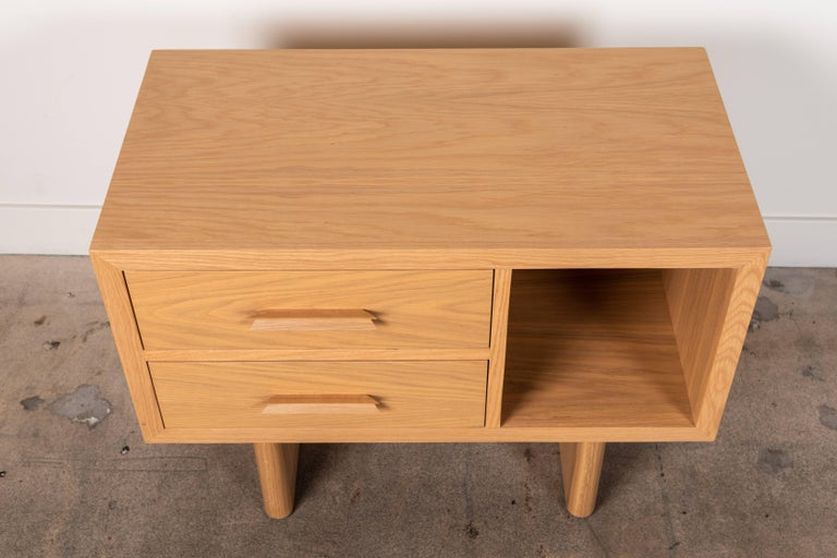 American Natural Oak Inverness Nightstands by Lawson-Fenning For Sale