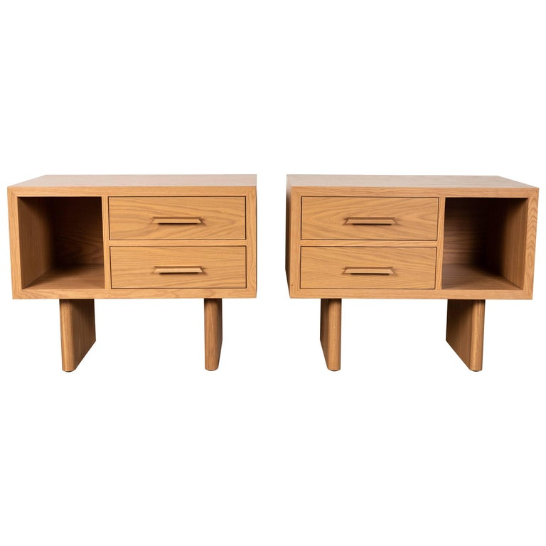 Natural Oak Inverness Nightstands by Lawson-Fenning For Sale 3