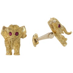 Natural Round Red Ruby Elephant Cufflinks 18 Karat Yellow Gold