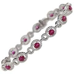Natural Ruby Bracelet 18 Karat White Gold and Diamonds Oval Shape Ruby