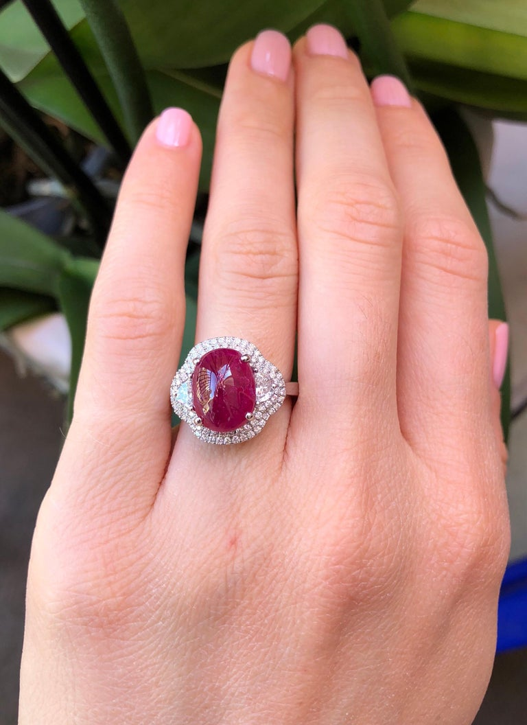 Natural Ruby Ring Cabochon 5.00 Carats GIA Certified Unheated For Sale 1