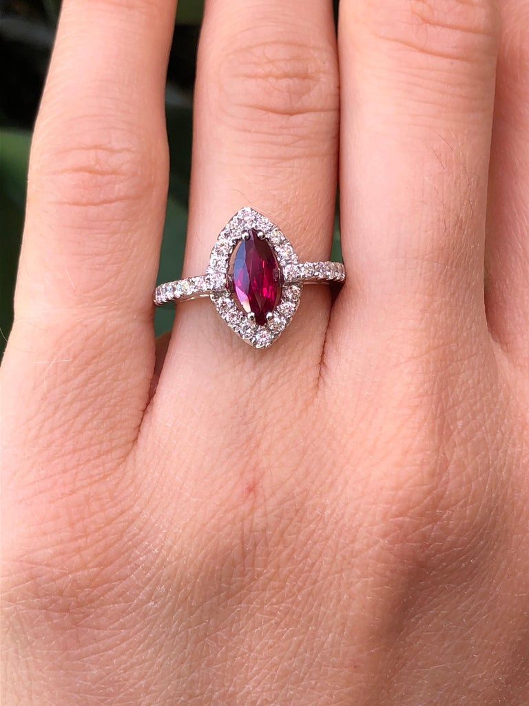 No Heat Ruby Ring 1.01 Carats GIA Certified Unheated In New Condition For Sale In Beverly Hills, CA