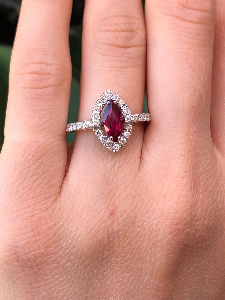 Women's No Heat Ruby Ring 1.01 Carats GIA Certified Unheated For Sale