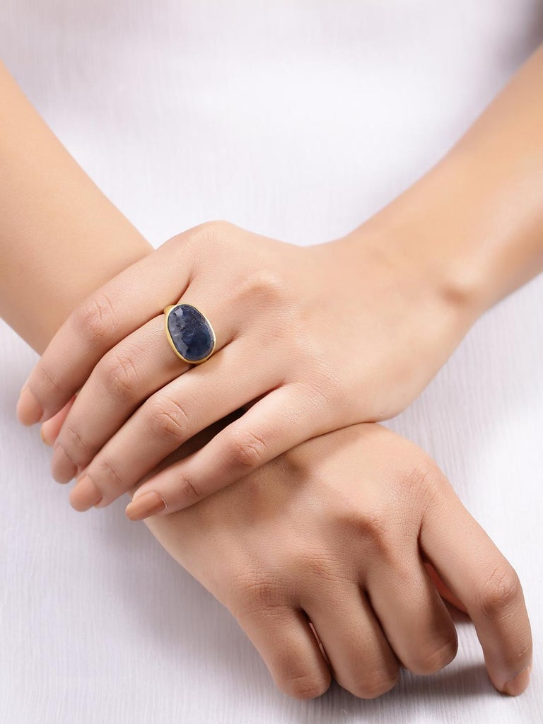 Oval Cut Natural Sapphire Ring Handcrafted in 22 Karat Gold For Sale