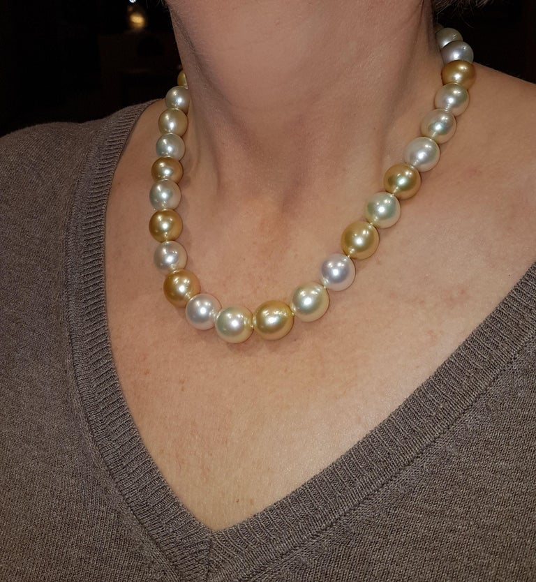 Modern Natural South Sea Pearl Necklace in Shades of Cream and Gold For Sale