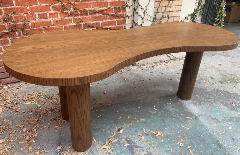Natural Stained Oak Desk In Excellent Condition For Sale In Los Angeles, CA
