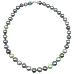 Natural Tahitian Pearls Necklace