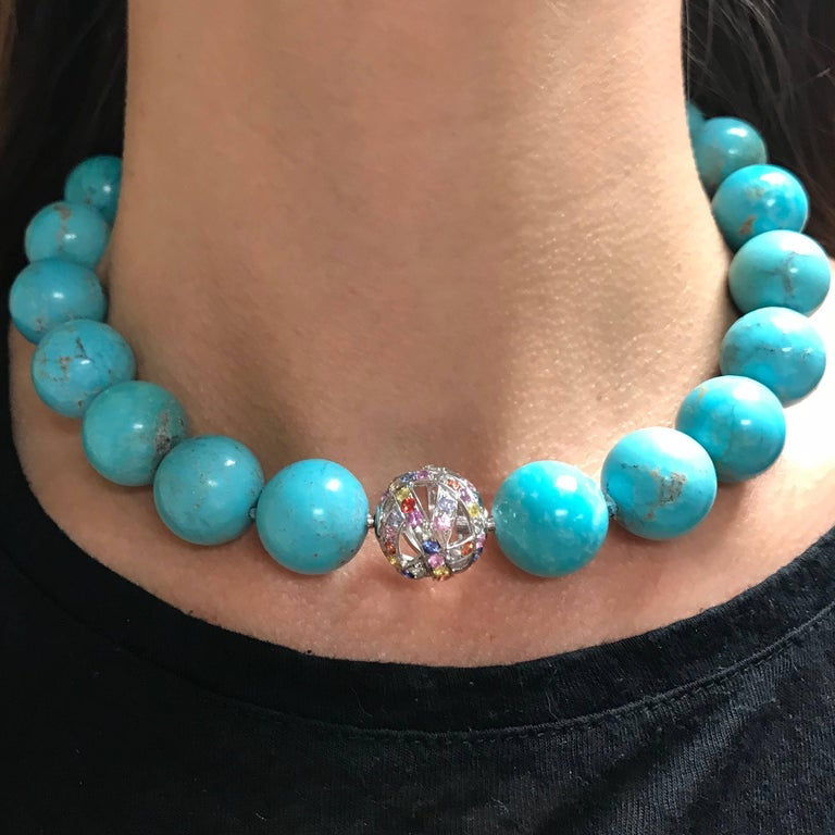 Natural Turquoises and White Gold 18K Colorful Sapphires Clasp Beaded Necklace For Sale 1