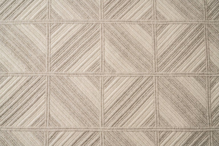 Araz Natural Woven Wool Rug in Light Grey, Custom Made in USA For Sale 1