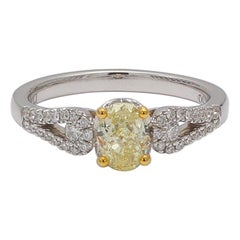 Natural Yellow Oval Diamond 18K Engagemet Ring 1.04 Cts TW