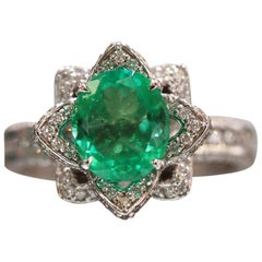 Nature and Vintage Inspired Custom Designed 1.64 Ct Green Emerald Fashion Ring