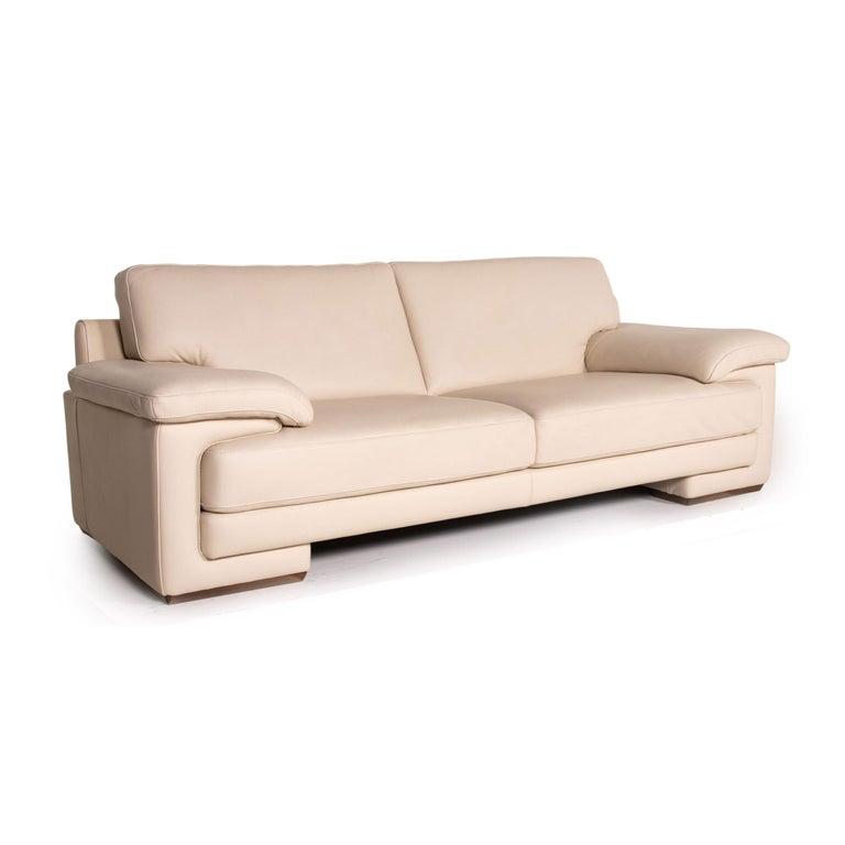 Contemporary Natuzzi 2198 Leather Sofa Cream Three-Seater Couch For Sale