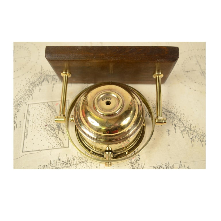 Nautical Compass signed Sestrel, UK, 1876 In Good Condition For Sale In Milan, IT