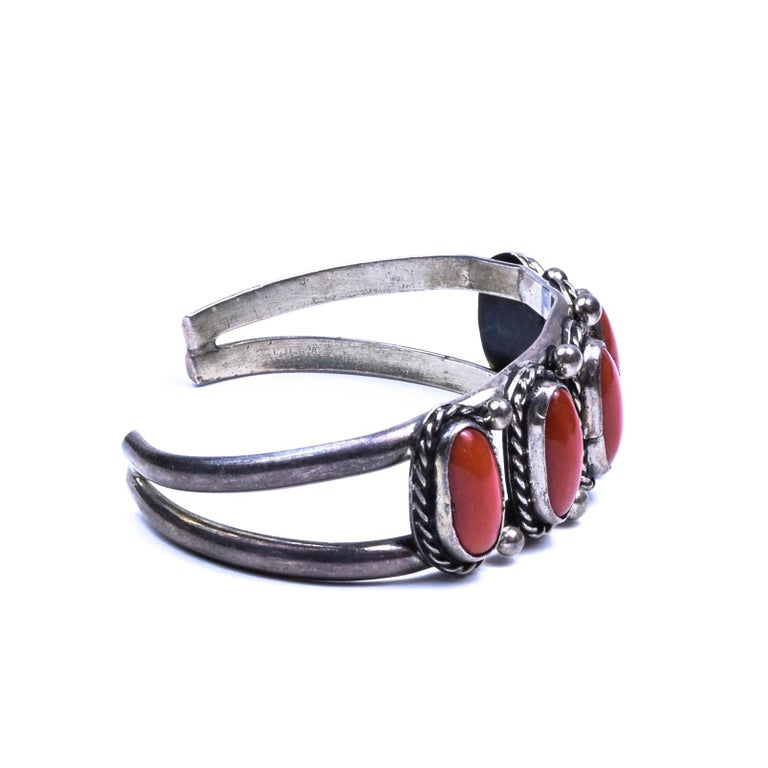 Native American Navajo Coral Bracelet For Sale