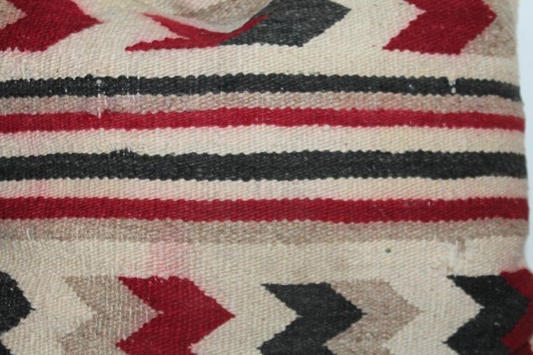 Navajo Indian Geometric Pair of Pillows In Good Condition For Sale In Los Angeles, CA