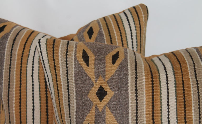 Navajo Indian Weaving Chinlie Pillows, Pair In Good Condition For Sale In Los Angeles, CA