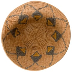 Navajo Native American Handmade Woven Basketry Bowl Modern Design, 1940s
