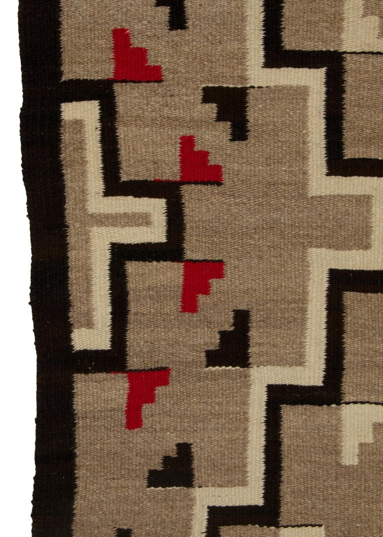 Native American Navajo Rug, Vintage circa 1935 Trading Post Era Southwestern Weaving For Sale