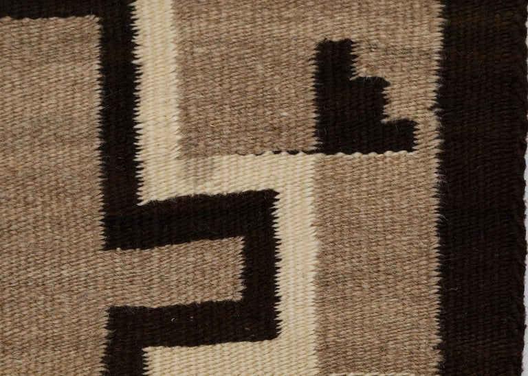 American Navajo Rug, Vintage circa 1935 Trading Post Era Southwestern Weaving For Sale