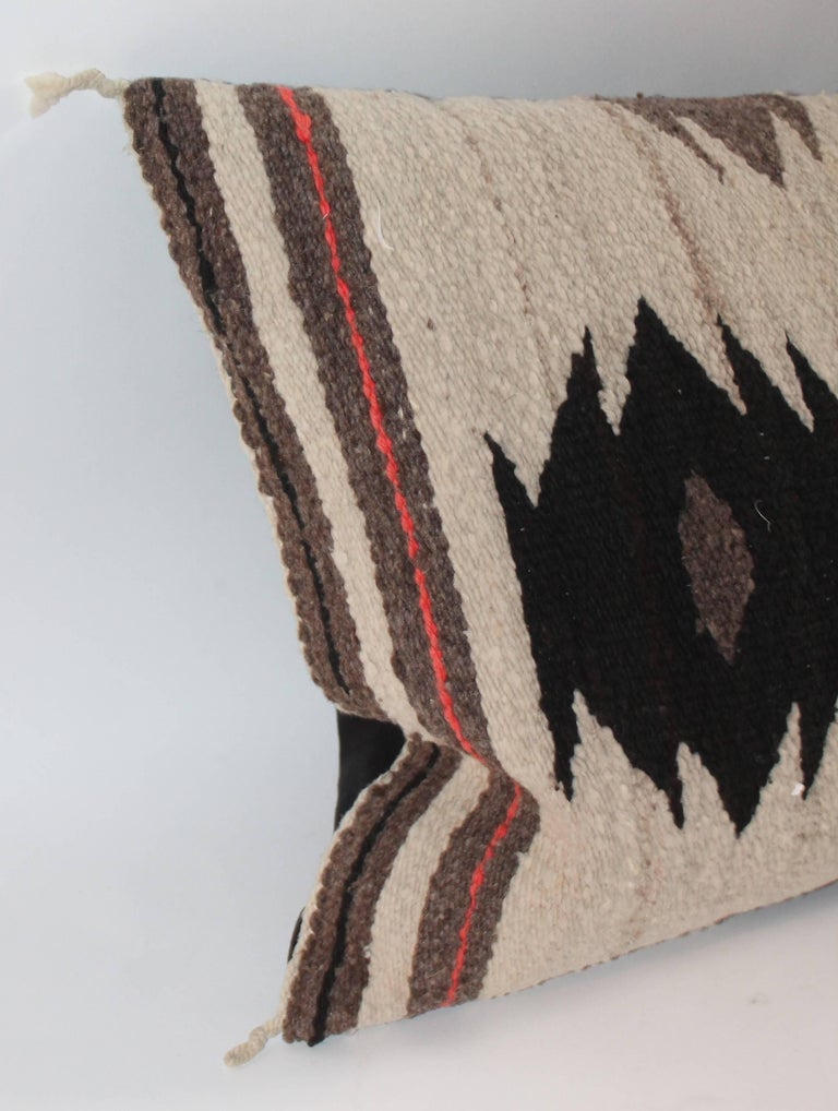 Navajo Weaving / Geometric Saddle Blanket Pillow In Excellent Condition For Sale In Los Angeles, CA