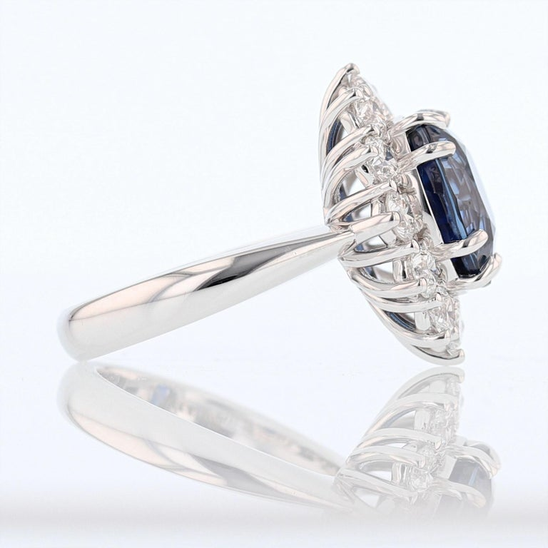 Modern Nazarelle 18K Gold 6.46ct GRS Certified Vivid Blue Sapphire and Diamond Ring For Sale