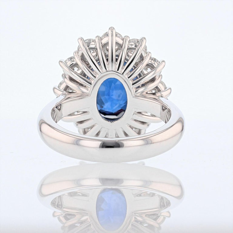 Oval Cut Nazarelle 18K Gold 6.46ct GRS Certified Vivid Blue Sapphire and Diamond Ring For Sale