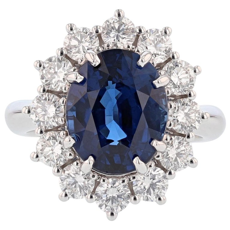 Nazarelle 18K Gold 6.46ct GRS Certified Vivid Blue Sapphire and Diamond Ring For Sale