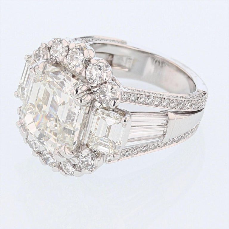 Contemporary Nazarelle 18 Karat White Gold GIA 8.43 Carat Emerald Cut Diamond Ring For Sale