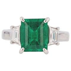 Nazarelle Platinum 3.10 Carat Colombian Emerald Cut Emerald Diamond Ring