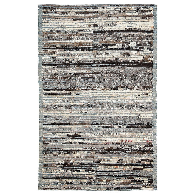 Nazmiyal Collection Berber Design Modern Moroccan Style Rug 3ft 5 in x 5ft 4 in For Sale