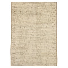 Nazmiyal Collection Geometric Modern Moroccan Style Rug. 8 ft 5 in x 11 ft 8 in