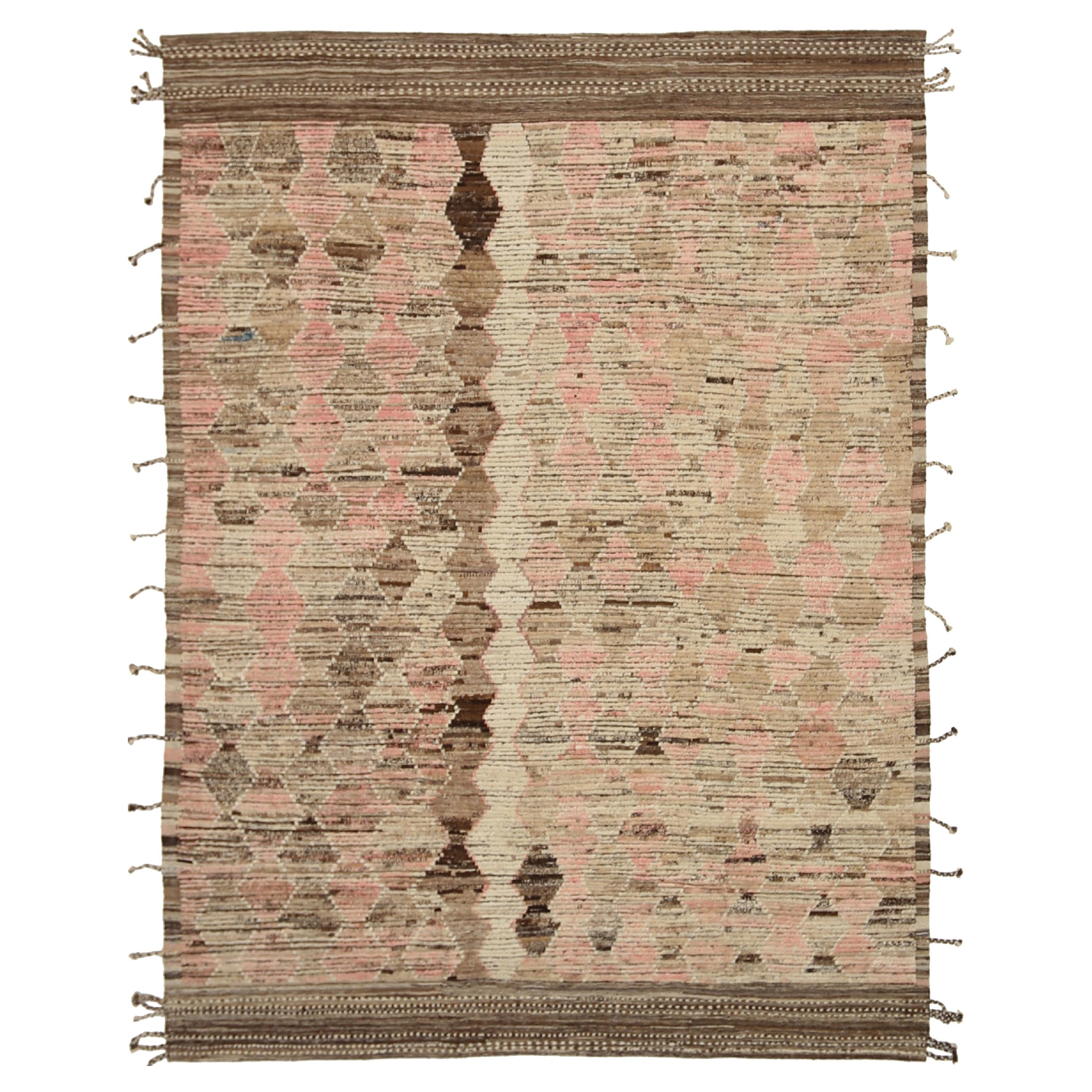 Nazmiyal Collection Brown Modern Distressed Rug. 9 ft 2 in x 11 ft 11 in