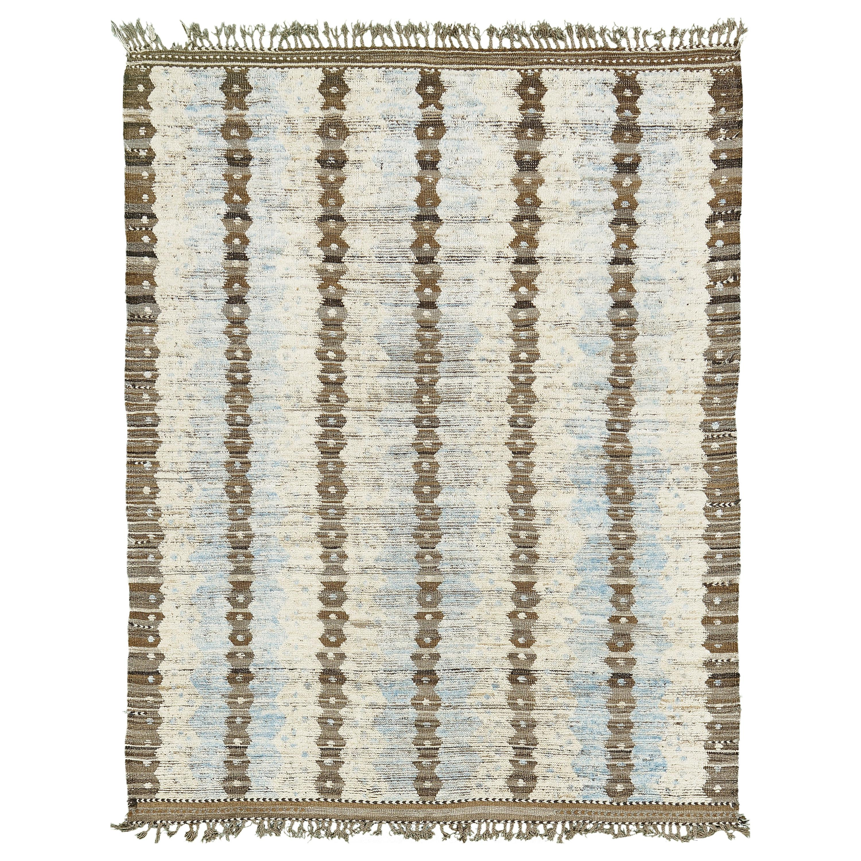 Nazmiyal Collection Geometric Modern Distressed Rug  7 ft 7 in x 9 ft 8 in