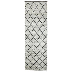 Nazmiyal Collection Geometric Modern Moroccan Style Runner Rug 3ft 2in x 9ft 5in