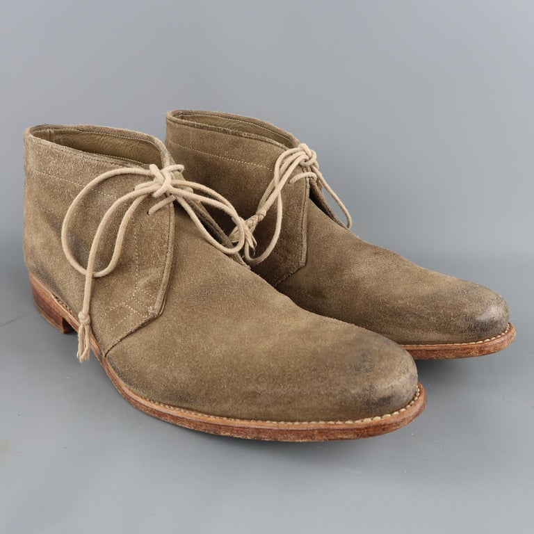 N.D.C. Size 10 Beige Distressed Suede Pointed Toe Chukka Ankle Boots In Good Condition For Sale In San Francisco, CA