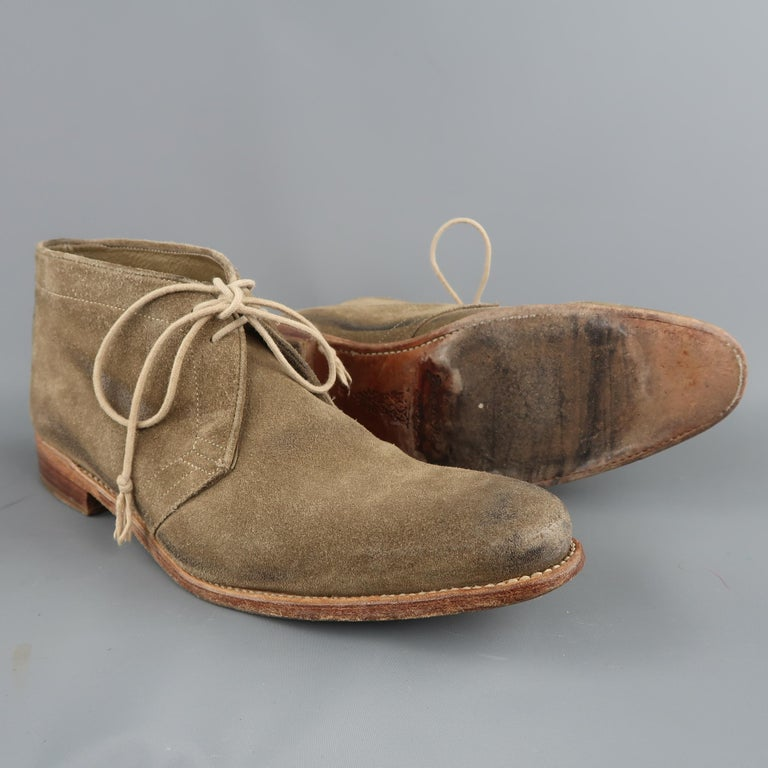 Men's N.D.C. Size 10 Beige Distressed Suede Pointed Toe Chukka Ankle Boots For Sale