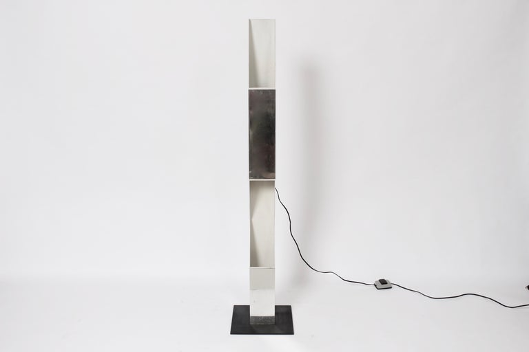 American Neal Small for Koch & Lowy Aluminum and Steel Skyscraper Floor Lamp, 1970s For Sale