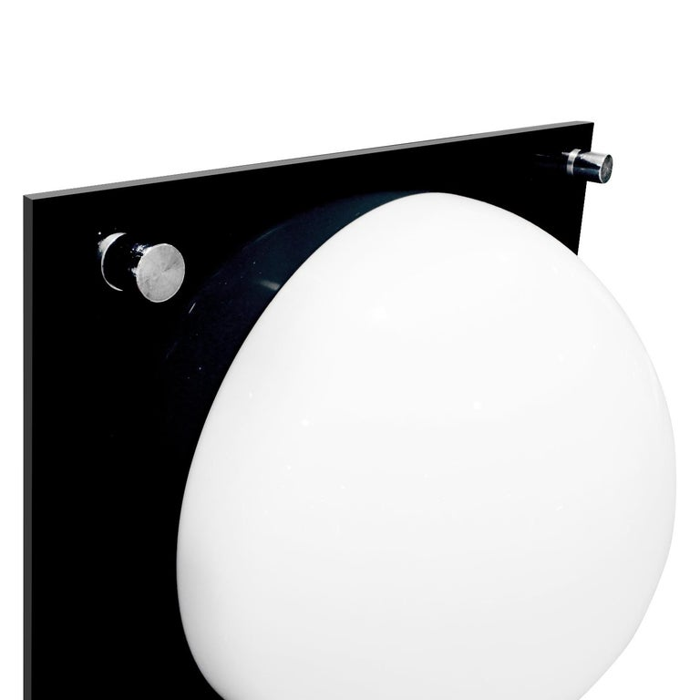 American Neal Small Large Lamp in Black and White Lucite, 1960s For Sale