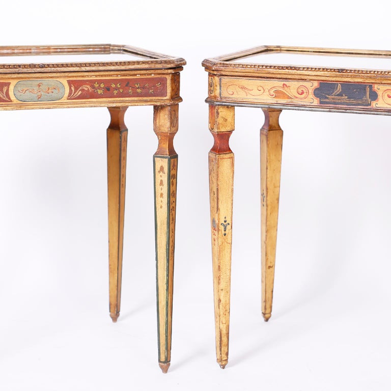 Near Pair of Venetian Painted Neoclassical Style Tables In Good Condition For Sale In Palm Beach, FL