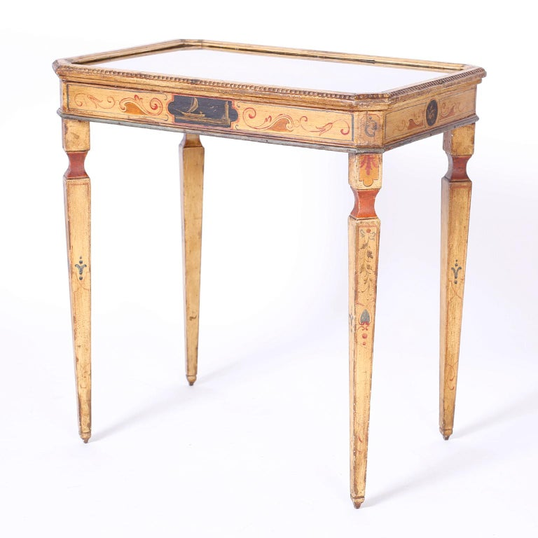 Near Pair of Venetian Painted Neoclassical Style Tables For Sale 2