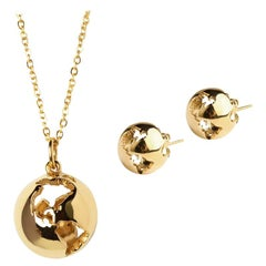 Necklace and earrings Globe set in yellow gold plating